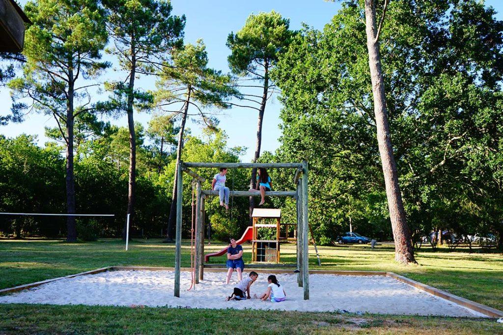 aire de jeux enfants camping le médoc Bleu Carcans Gironde