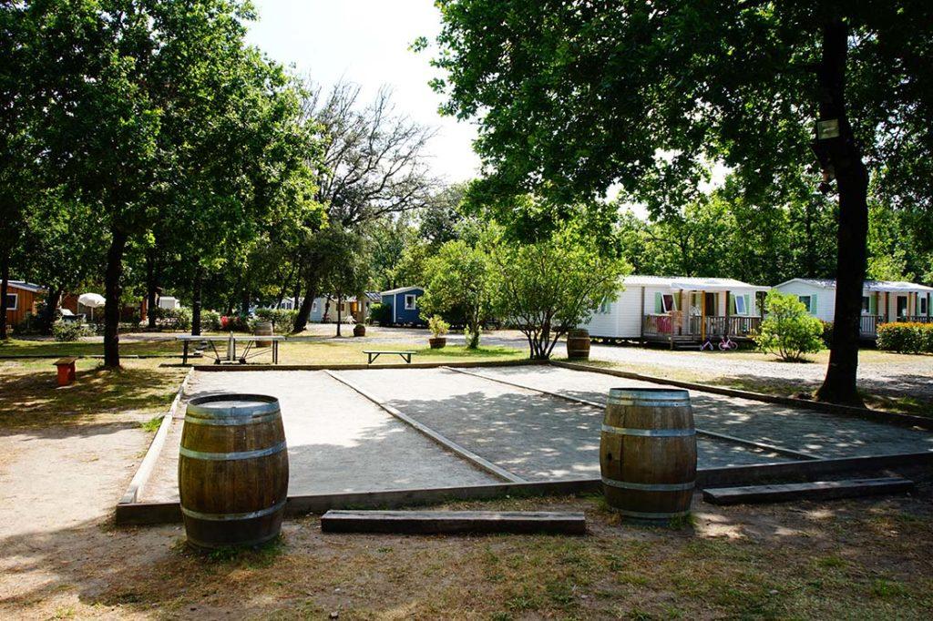 aire de pétanque camping le médoc Bleu Carcans Gironde
