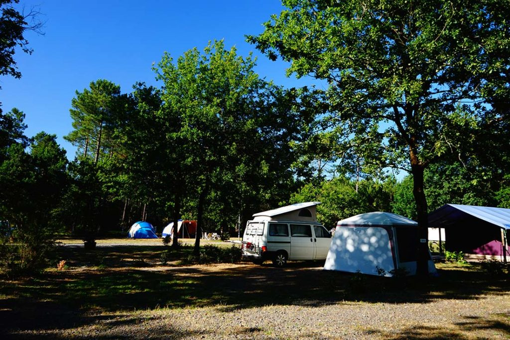 emplacement camping-car camping le médoc Bleu Carcans Gironde