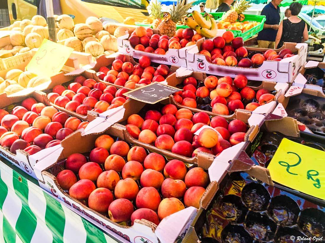 marché à Carcans