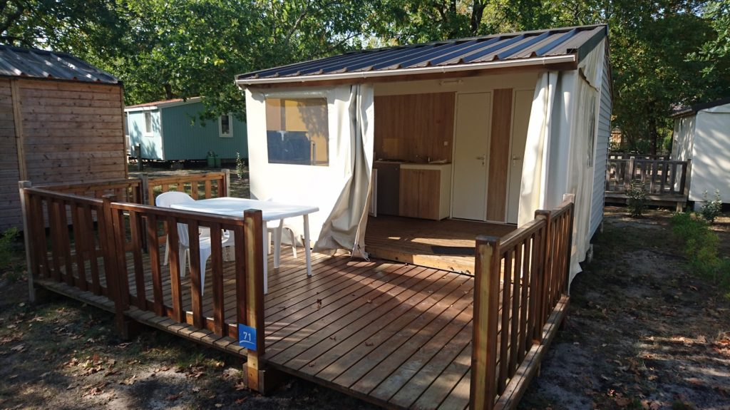 Cabane bois+toile Eco 20m² + terrasse – Nuitée