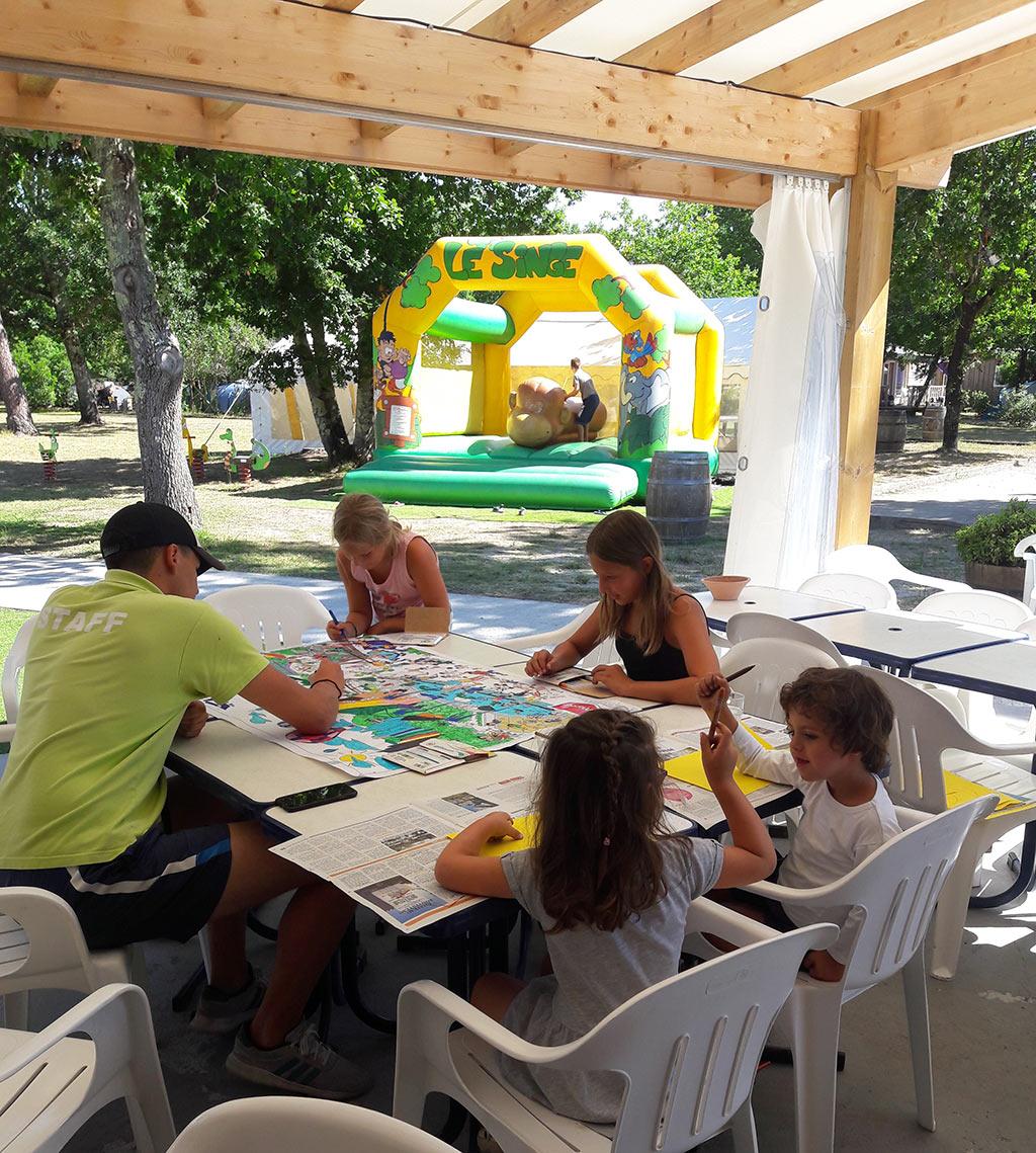 le club enfants du camping
