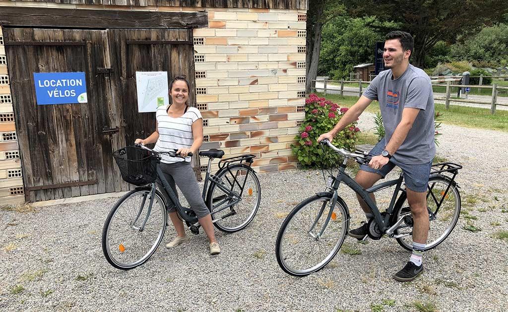 Location et abri à vélo du camping